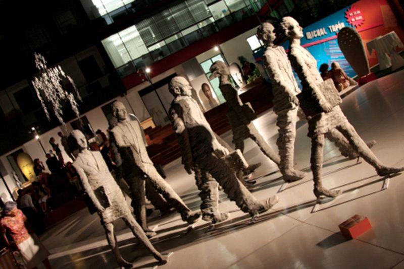 Art-in-Atrium2